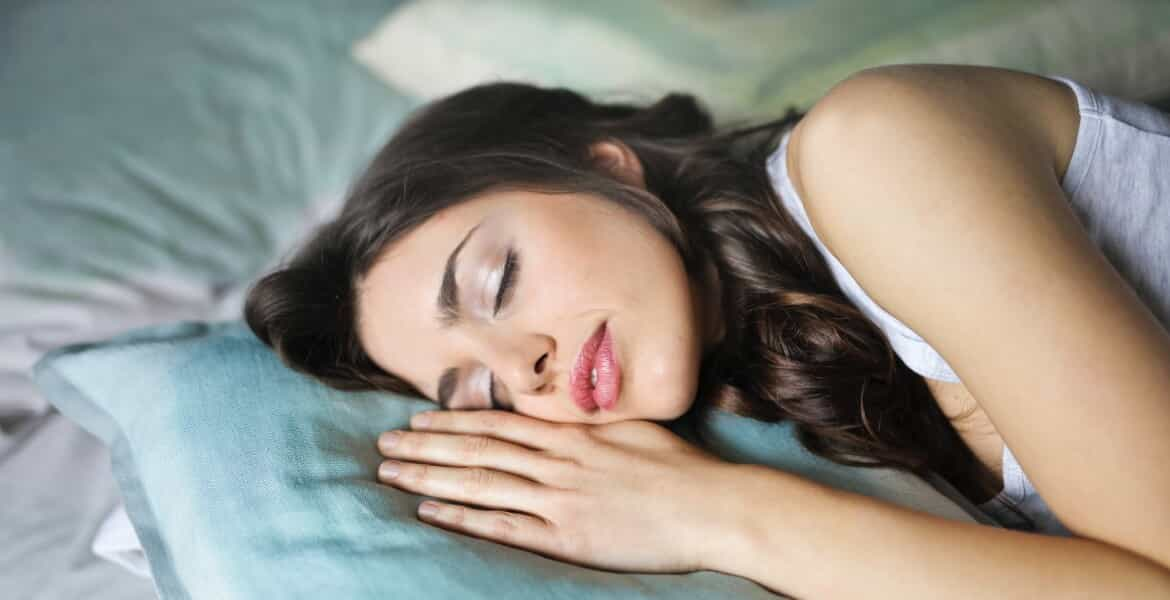 Read more about the article Essential Oils for Sleep